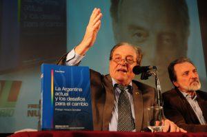 presentacion-libro-carlos-30-08-12