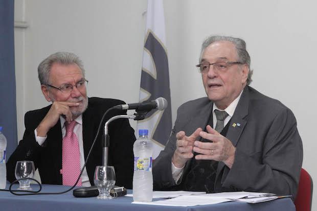 Carlos Heller junto al decano Ing. Jorge Omar del Gener